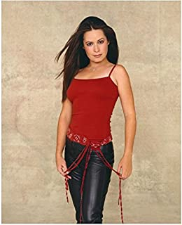 Charmed 8x10 Photo Holly Marie Combs/Piper Halliwell Black Leather Pants Red Top Sexy Pose 1 kn
