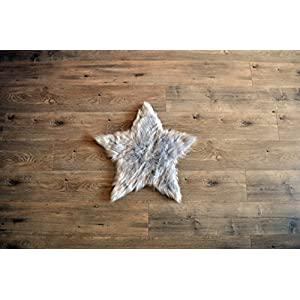 Machine Washable Faux Sheepskin Light Grey Star Rug 2′ x 2′ – Soft and Silky – Perfect for Baby's Room, Nursery, playroom – Fake Fur Area Rug (Star Small Light Grey)