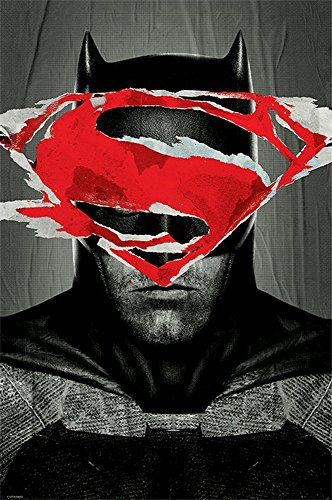 Batman v Superman - Batman Teaser Film Movie Poster Plakat Druck - Grösse 61x91,5 cm + 1 Packung tesa Powerstrips® - Inhalt 20 Stück