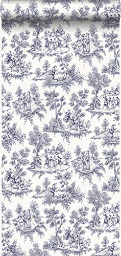 behang toile de jouy print delfts blauw - 326114 - van Origin - luxury wallcoverings