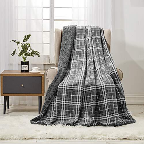 softan Lammfell-Überwurfdecke Superweiche Karierte Fleecedecke für Sofa Luxuriöse Pelzdecke, 130 cm×150 cm, Grau