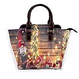 BROWCIN Enano de Santa Claus sostiene un abeto con luces de Navidad rodeado de cajas de regalo y...