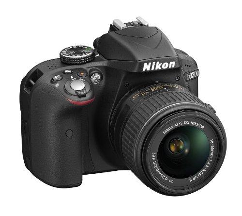 "Nikon D3300 Kit Fotocamera Reflex Digitale con Nikkor 18/55 VR II + 55/200 VR, 24.2 Megapixel, LCD 3"", SD 8 GB 200x Premium Lexar, Nero [Nital card: 4 anni di garanzia]"