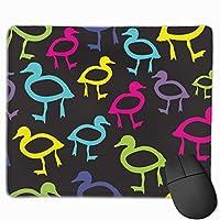 着色されたアヒルのアウトラインマウスパッド滑り止めラバーゲームマウスパッドマットコンピュータラップトップ30x25 cm