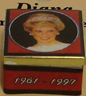Dollhouse Princess Diana 2-pc Working Tin T2756 red Jacquelines