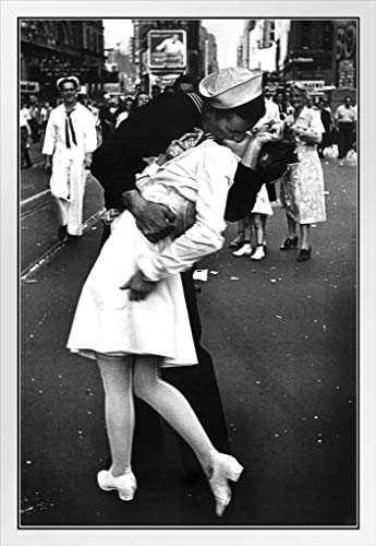 Times Square The Kiss on VJ Day Photo Photograph White Wood Framed Poster 14x20