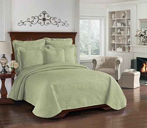 Historic Charleston Collection King Charles Matelasse Coverlet, Sage