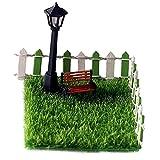 Sharplace 7 Stück Miniatur-Puppenhaus-Gartenstuhl, Rasen, Straßenlaterne und Zaun-Zubehör-Kits im Maßstab 1:12 für die Dekoration von Puppenstuben im Freien