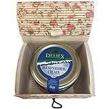 Recuerdo en baúl de flores con tarro de crema de queso de oveja para regalar en comuniones (Pack 24 ud)