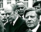 Gerald Ford und Helmut Schmidt - Vintage Press Photo