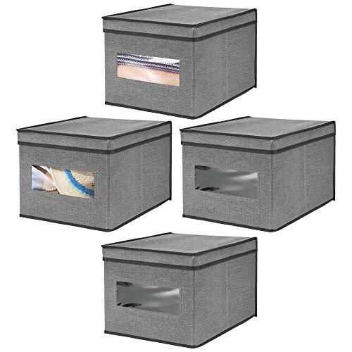 mDesign Set da 4 Scatole portaoggetti impilabili con finestra trasparente – Grande box con coperchio per l'armadio – Cesta per vestiti con coperchio in tessuto sintetico – grigio scuro/nero