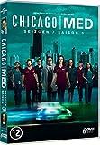 51LgsNqHzXL. SL160  - Chicago Med Saison 6 : Deux personnages réguliers s'apprêtent à quitter la série