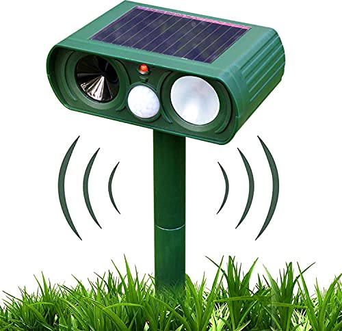 TeeMixed Solar Ultrasonic Dog Repeller, Animal Repeller with Motion Detector and Flash, Suitable for Repelling Dogs, Cats, Squirrels, Raccoons, Rabbits, Foxes, etc.- Outdoor Waterproof