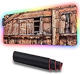 Grande mouse pad da gioco RGB, porta del fienile in rovere abbandonata e danneggiata, tappetino per mouse esteso con LED incandescente di grandi dimensioni Base Tappetino 900x400x30mm