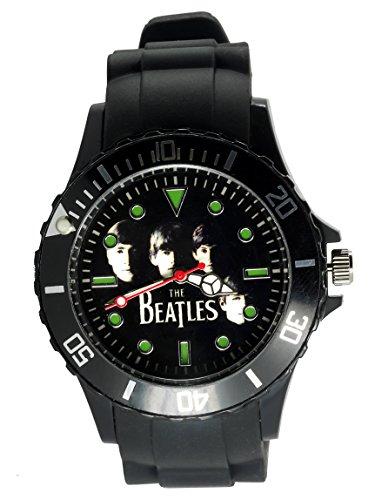 """Taport® """"The Beatles"""" Quarzarmband, rund, schwarz, aus Silikon. Mit einem BW-Zifferblatt, inkl. Ersatzbatterie und Geschenkbeutel."""