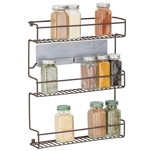 mDesign Estantería metálica – Especieros de cocina autoadhesivos con 3 niveles para montaje en pared – Ideal como organizador de especias para la cocina y la despensa – color bronce