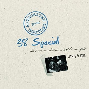 Authorized Bootleg - Nassau Coliseum, Uniondale, New York 1/29/85