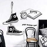 WandSticker4U® - XL Wandsticker CHUCKS en negro I Wandbilder: 90x131 cm I Wandtattoo Jugendzimmer Chica & Junge Cool Sticker I Wanddeko dormitorios jóvenes adolescentes