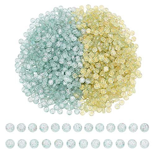 CHGCRAFT Más de 1168 unidades de revestimiento plano redondo transparente acrílico con letras del alfabeto con polvo de purpurina de metal para manualidades y fabricación de joyas