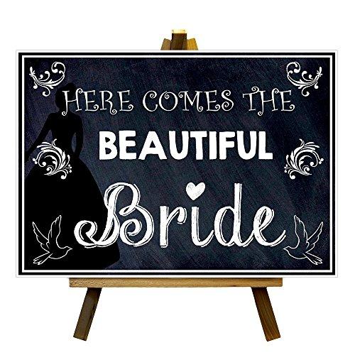 Pizarra estilo aquí viene hermosa novia boda impresión