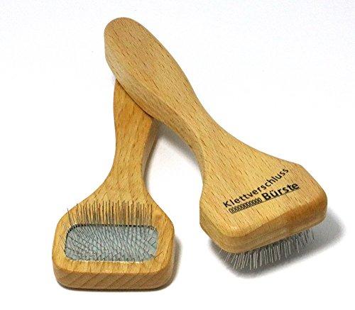 Klettverschluss Reinigungsbürste - mit der Bürste können Sie Klettverschlüße einfach reinigen, Haushaltsbürste entfernt alle Fusseln und Schmutz mit Hilfe von Drahtzinken, Maße ca. 15 cm, Made in Germany