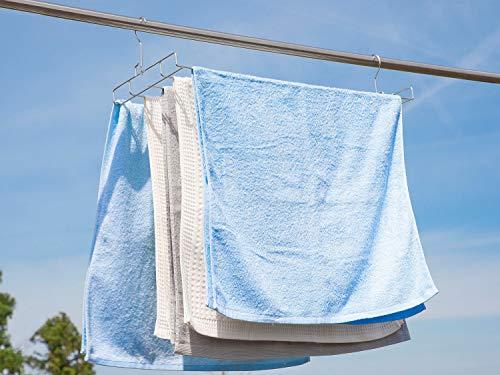 バスタオルを一気に干せて、洗濯バサミの跡や歪みも残したくない・・・。そんな人におすすめなのがこちらのハンガーです。5枚のバスタオルを一度に干せて、2カ所のフックでぶら下げるので傾いたりする心配もありません。外干しのほか、浴室で使っても◎。