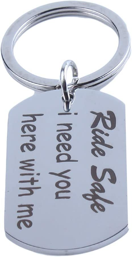 WEILYDF Carved Keychain Ride Safe I Need You Here with Me Rectangle Keyring Thanksgiving for Family
