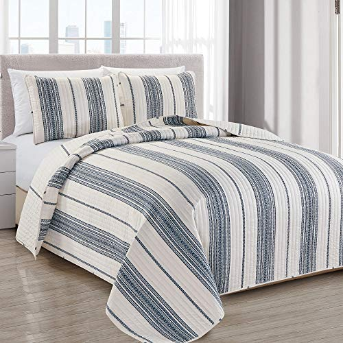 Great Bay Home Modern Bedspread Full/Queen Size Quilt with 2 Shams. Modern 3-Piece Reversible All Season Quilt Set. Navy and White Quilt Coverlet Bed Set. Wesley Collection.