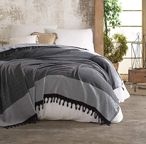 Belle Living Nefes Tagesdecke Überwurf Decke - Wohndecke hochwertig - ideal für Bett und Sofa, 100% Baumwolle - handgefertigte Fransen, 200x250cm (Schwarz/Grau)
