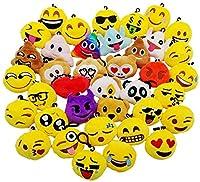 Emoji portachiavi peluche super carino, diametro circa 5.5 CM. Ogni portachiavi emoji whatsapp ha un moschettone rimovibile. Facile da attaccare a chiavi e zaino e borsa. Il tocco molto morbido, alta qualità tessuto in peluche, cotone pieno riempito,...