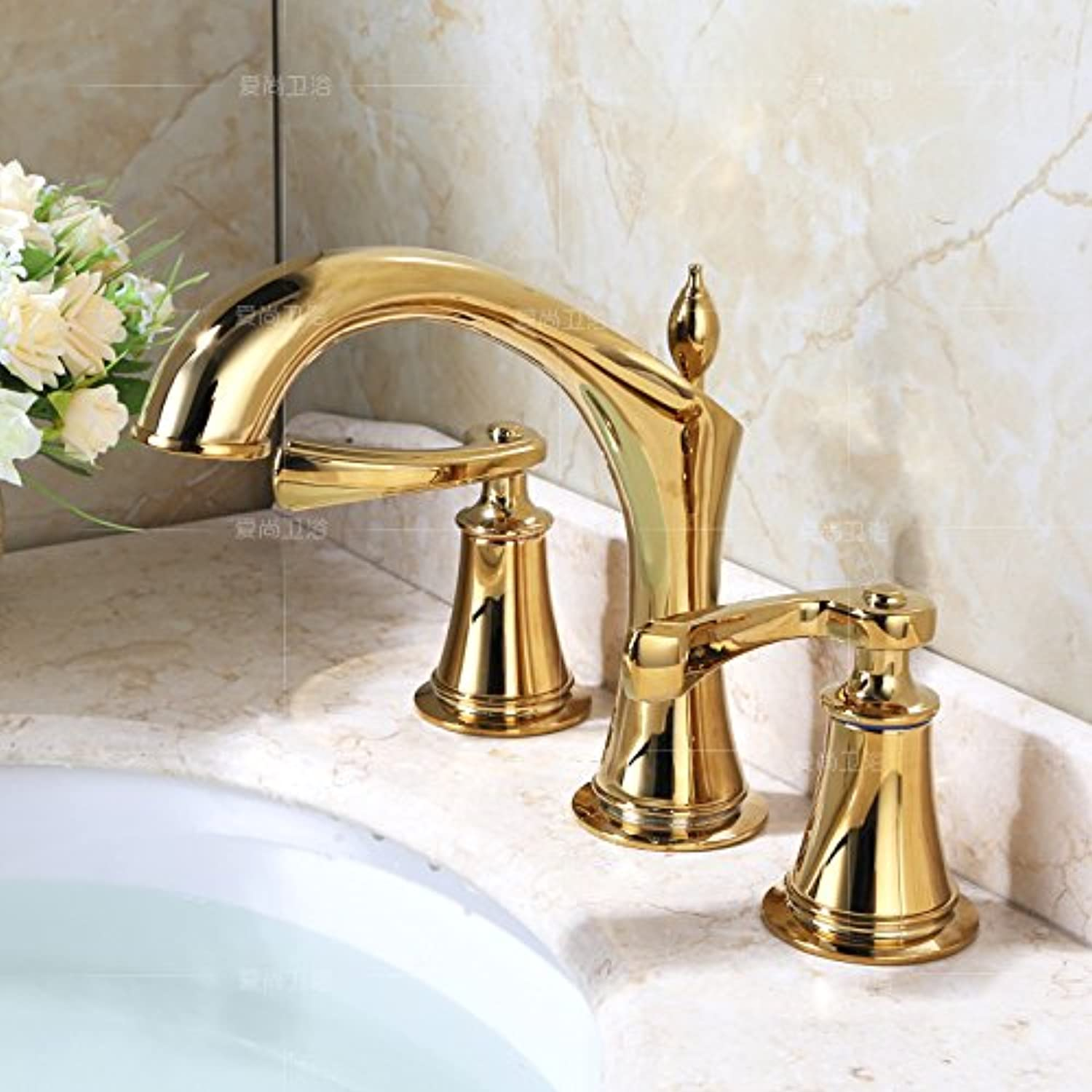 NewBorn Faucet Kitchen Bathroom Sink Mixer Tap All Copper Pull-Down Water Tap Hot Cold Dish Pool Fittings Stretch Wash Dishes golden Taps Basin Taps On The Console Table Basin gold Plated + Hoses