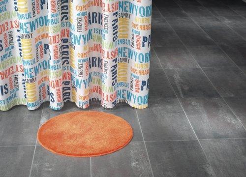 Douchegordijn textiel ~ Motief: tekst ~ kleur: rood oranje blauw zwart geel groen/bont ~ Afmetingen: 180 x 200 cm ~ 100% polyester ~ met 12 ogen ~ zonder doucheringen
