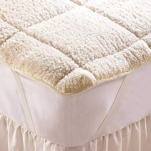 Diana Cowpe Kingsize 150cm x 200cm Reversible All Seasons Teddy Fleece Mattress Enhancer Topper Extra Soft Super Warm Sherpa Fleece Top & Cool Microfibre Reverse Side for The Warmer Months