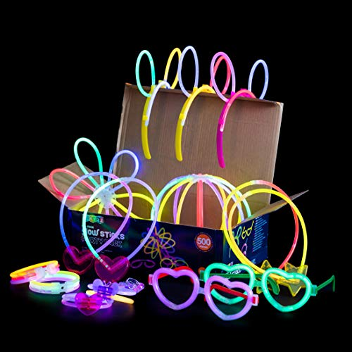 """Play22 Glow Sticks Bulk 500 Pack - 200 Glowsticks and 300 Accessories - 8"""" Ultra Bright Glow Sticks Party Pack Mixed Colors - Glow Sticks Necklaces and Bracelets Enjoyable for Adults and Kids, 6045"""