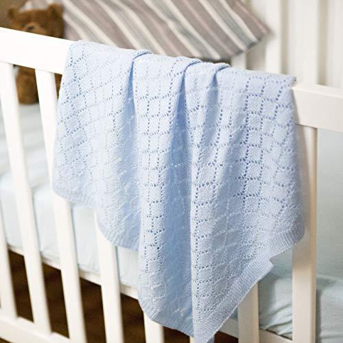 MyOma Baby Stricken - Babydecke Traumreise Mint - Strickset Babydecke mit 5 Knäuel Babywolle 100% Merino + Baby Stricken Anleitung – Baby Strickset – Babydecke Stricken Set - Strickset für Babys