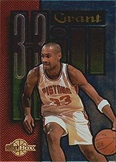 1994-95 SkyBox Premium Grant Hill #GH3 Grant Hill (Dribbling) NBA Basketball Trading Card