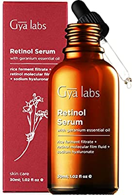 Gya Labs Retinol Serum For Face 2.5 - Hyaluronic Acid and Rose Geranium For Smooth, Young Skin - Face Serum For Mature Skin - Face Moisturizer For Dry Skin - 30ml