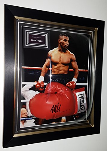 www.signedmemorabiliashop.co.uk Mike Tyson signierter und gerahmter Handschuh