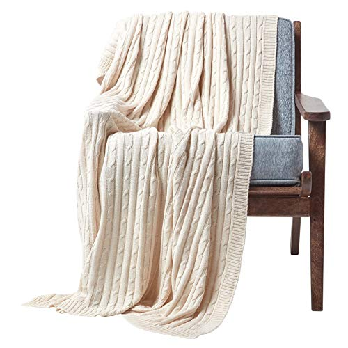 HOMESCAPES Natural Cable Knit Throw 130 x 170 cm Combed Cotton Soft and Cosy Blanket Bed and Sofa Throw For Armchairs and Single Beds