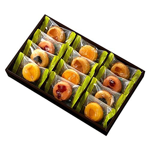 新宿高野 果実マドレーヌ 12入W (ストロベリー、りんご×各3、ブルーベリー、オレンジ、マンゴー×各2)洋菓子 焼き菓子 詰め合わせ ギフト ( 箱入り )