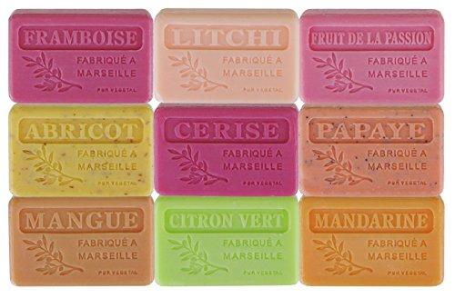 Lot de 9 savons de Marseille aux parfums fruités
