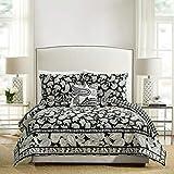 Vera Bradley Makani Paisley Quilt, Twin, Black/White