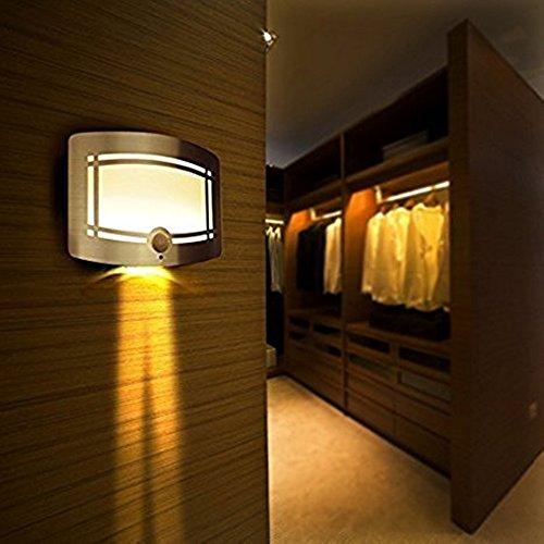Intsun Sensibile LED Closet luce di risparmio energetico di induzione a infrarossi Home Batteria della luce di notte, cassa di alluminio senza attaccare dovunque a pile del sensore di movimento si illumina / riparo della parete / Spot Lights / Corridoio Night Light Sensore PIR riparo della parete