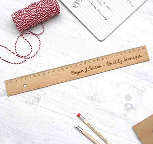 Règle en bois personnalisée, accessoire de bureau unique. Cadeau original personnalisable avec votre texte, à votre image. Gravé sur mesure.