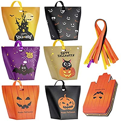 Halloween Candy Bags Treat Bags-30 Pack Paper HalloweenBags Jack-O-Lantern Trick or Treat GoodyBags HalloweenSweet GoodieBags Halloween Party Favors Gift Bags for Kids Halloween Party Supplies Decorations