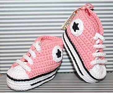 ALGODÓN 100% ORGÁNICO. Ecológico. Patucos bebé. Crochet. Unisex. Estilo Converse. Color rosa coral. Hechos a mano en España. Regalo para bebé