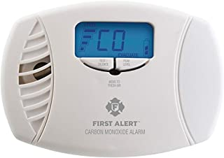First Alert FAT1039746 Dual-Power Carbon Monoxide Plug-in Alarm with Digital Display
