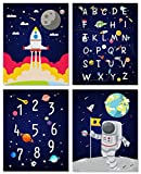 Lot de 4 Poster pour Chambre de Bébé/D'Enfant- Affiches Alphabet ABC - Affiche L'espace Enfant - Astronaute Planète Murale Impressions D'art - Mur Décoration Pour Garçon Chambre - Sans Cadre - 20*25cm