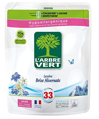 L'ARBRE VERT - Recharges Lessive Liquide Parfum Brise Hivernale - Hypoallergénique - Sans Allergènes - 33 Lavages - 1,5 L - Ecolabel Européen - Approuvée par les médecins allergologues de l'ARCAA
