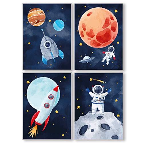 Pandawal Kinderzimmer Deko Junge und Mädchen Bilder Astronaut/Planeten Raketen 4er Poster Set Weltraum Kinder/Babyzimmer (T11) DIN A4 groß